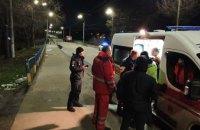 В Днепропетровской области девушка спрыгнула с автомобильного моста в ледяную воду (ВИДЕО)