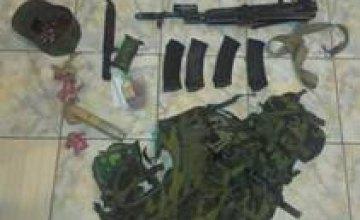СБУ сообщает о задержании при выезде из Крыма пьяного российского военнослужащего с арсеналом оружия