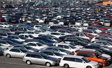 Какие марки и цвета автомобилей были самыми популярными в Украине в 2017 году