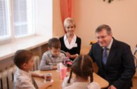 В Днепропетровской области родители получили возможность заранее записать ребенка в любой детсад