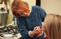 Перевоплощение за пять часов: Днепропетровская ОГА продолжает beauty-проект «Новая я» (ФОТОРЕПОРТАЖ)