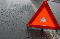 В Днепре ГАЗель на «красный» влетела в грузовик: есть пострадавшие