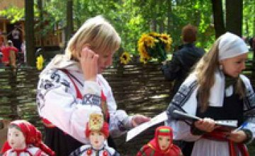 16 мая пройдет Фестиваль народного творчества «Петриковський дивоцвіт»