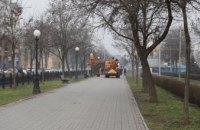 Наведення ладу: на вулицях і подвір'ях Дніпра почалося масштабне весняне прибирання