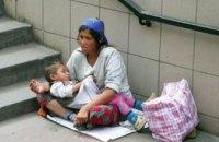 В Сумах женщина пыталась украсть 2-летнего ребенка, чтобы использовать для попрошайничества