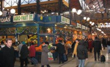 Половина рынков Днепропетровска не соответствует нормам