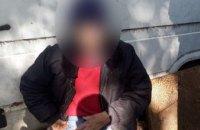 В Черновцах мужчина пытался зарезаться посреди улицы