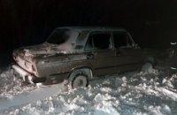 За последние сутки в Днепропетровской области удалось вытащить из снежных ловушек более 15 автомобилей (ФОТО)