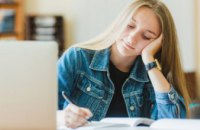 МОН изменит требования к заполнению школьных тетрадей