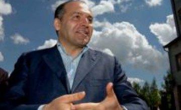 Днепропетровский бизнесмен Виктор Пинчук спонсирует Фонд Билла Клинтона