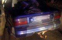 На Днепропетровщине двое молодых парней угнали автомобиль (ФОТО)