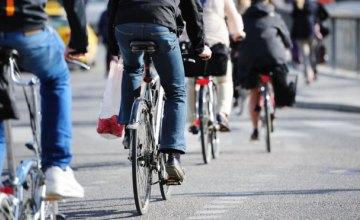 Езда на велосипеде почти вдвое снижает риск рака, - ученые