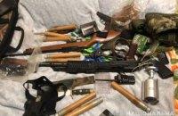 36-летний днепрянин открыл стрельбу из окна: у него дома обнаружили еще целый арсенал оружия