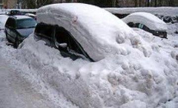 За сутки МЧСники области спасли из снежных заносов 6 автомобилей и 9 человек