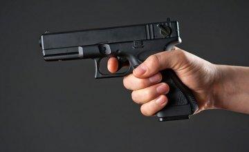 В гостинично-ресторанном комплексе Кривого Рога произошёл конфликт: мужчина получил огнестрельное ранение в живот и предплечье