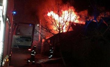 В Никополе сгорел жилой дом