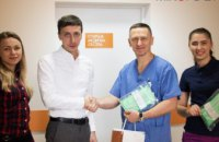 Ко Дню Святого Николая неонатальный центр в Днепре получил в подарок дорогостоящие медицинские средства