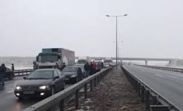 В Сербии из-за тумана столкнулись 25 автомобилей: есть погибшие