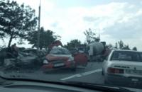 Масштабное ДТП на ул. Малиновского в Днепре: есть пострадавшие (ФОТО)