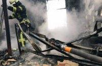 В Петриковском районе спасатели больше часа тушили жилой дом: выгорело 150 кв. метров