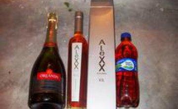 В Днепропетровской области в колонию пытались передать более 20 л алкоголя