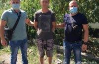 38-летний житель Первомайска выхватил у 51-летнего мужчины сумку с телефоном и документами