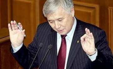 Отставка Еханурова: совпадение интересов или пробный шаг широкой коалиции?