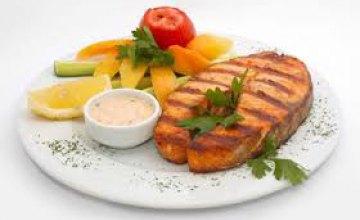Новый год-2017 лучше встречать с блюдами из рыбы, - эксперт