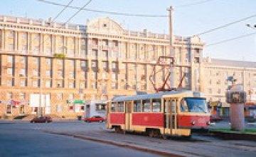 В районе днепропетровского центрального вокзала для жителей существует угроза получить удар электротоком