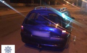 В Кривом Роге 38-летний водитель Opel Vectra был за рулём пьяным и предлагал полицейским взятку