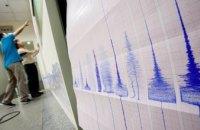 Из-за землетрясения в Японии остановлено движение поездов