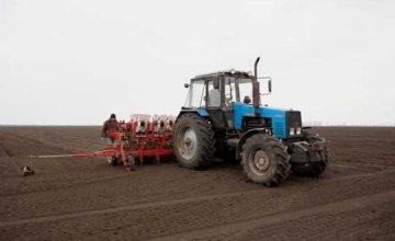 Аграрии Днепропетровской области завершают подготовку к весенне-полевым работам