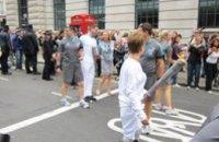 Лондон встречает Паралимпийский огонь