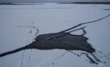 В Кривом Рогу ребенок ушел под лед