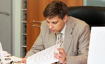 Сергей Бедин: «Председатель регистрационной комиссии каждые 10 минут по громкой связи приглашал регистратора начать регистрацию