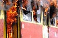 Из-за обрыва высоковольтной линии в Кривом Роге загорелся трамвай