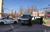 На Днепропетровщине столкнулись легковушка и грузовой Mercedes