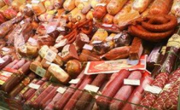 Мясные изделия до конца года подорожают еще на 10%