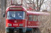 Місто без окраїн: у Дніпрі за маршрутом № 12 курсують 8 оновлених німецьких трамваїв