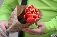 Более 50 участниц и море тюльпанов: в центре Днепра стартовала социально-экологическая акция «Ecoflower» (ФОТОРЕПОРТАЖ)