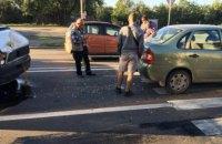 В Днепре переполненная маршрутка врезалась в легковой автомобиль (ФОТО)