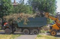 В Днепре негабаритный мусор вывозят по мере накопления