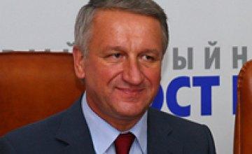 На выборах мэра Днепропетровска уверенно лидирует Иван Куличенко