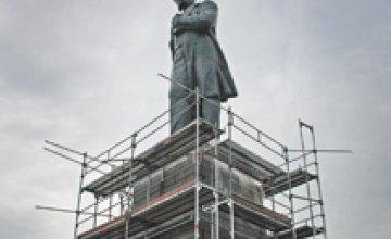Жители Павлограда оплатят возведение памятника Шевченко