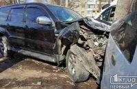 На Днепропетровщине произошло ДТП с участием 4 легковушек: есть пострадавшие