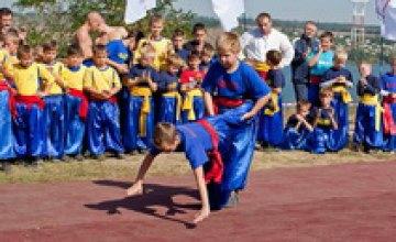 В Старых Кодаках прошел казацкий праздник