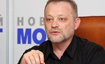 Нынешний состав Кабмина можно вывести на Грушевского, поставить строем и расстрелять, - Андрей Золотарев