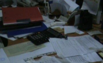 Обыск в теневых офисах «конвертационного центра» (ВИДЕО)
