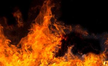 В Днепре ликвидировали пожар на крыше летней кухни