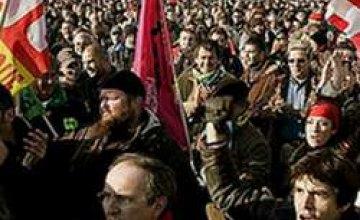 Францию охватила волна забастовок